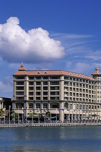 image 9-210-29 Mauritius, Port Louis, Labourdonnais Hotel, Le Caudan Waterfront
