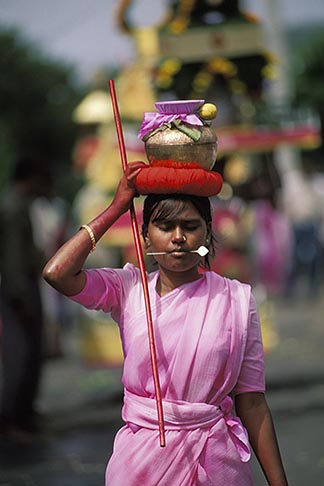 image 9-221-27 Mauritius, Cavadee Festival, A woman devotee carrying a sambo of milk