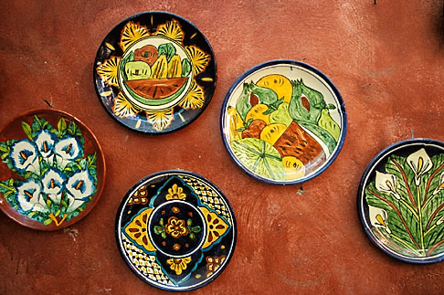 image 0-40-25 Mexican Art, Painted plates
