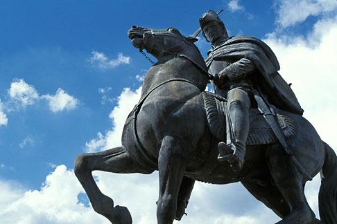 image 4-278-11 Mexico, San Miguel de Allende, Statue of Ignacio Allende, Plaza de San Francisco