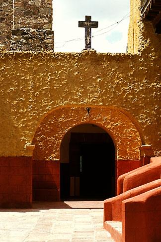 image 4-279-2 Mexico, San Miguel de Allende, Courtyard, Iglesia de San Francisco, 1779
