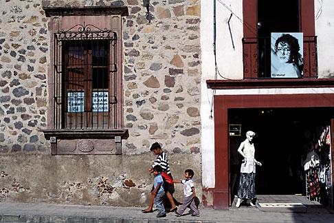 image 4-281-35 Mexico, San Miguel de Allende, Shop scene, Calle Zacateros