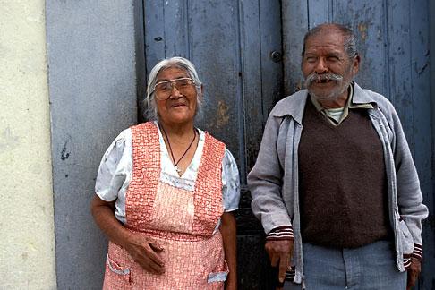 image 4-287-13 Mexico, San Miguel de Allende, Elderly couple