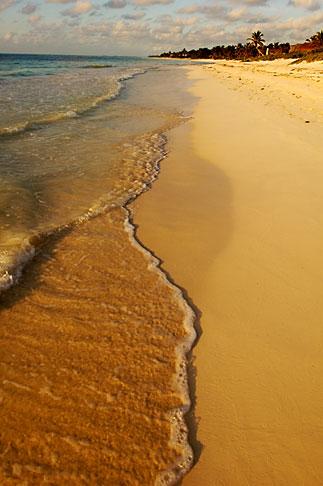 image 4-850-2915 Mexico, Riviera Maya, Beach near Tulum