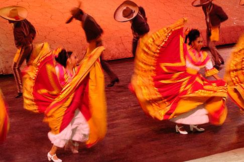 image 4-850-3970 Mexico, Riviera Maya, Xcaret, Dancers