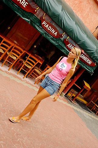 image 4-850-4424 Mexico, Playa del Carmen, Fifth Avenue street scene