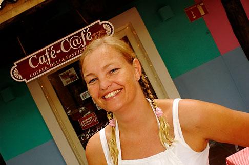 image 4-850-4574 Mexico, Riviera Maya, Puerto Aventuras, Mimi Lund of Internet Cafe