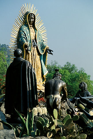 image 5-23-25 Mexico, Mexico City, Statue of the Virgin of Guadalupe, Tepeyac
