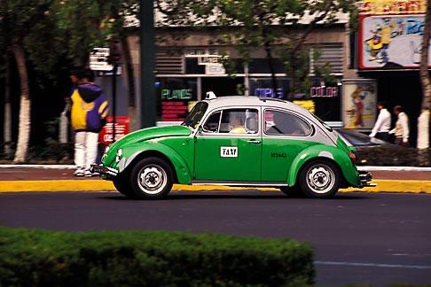 image 5-35-20 Mexico, Mexico City, Volkswagen taxi, Paseo de la Reforma