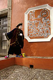 mexico stock photography | Mexico, Mexico City, Mime, Baz‡r Sabado, San Angel, image id 5-55-37