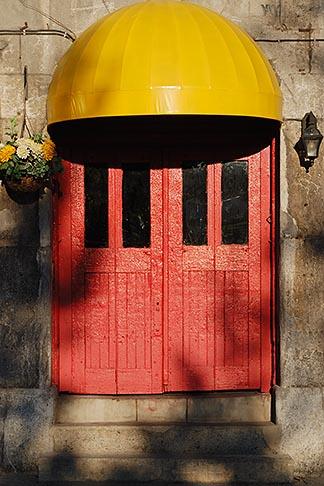 image 6-460-1853 Canada, Montreal, Doorway, Old Montreal