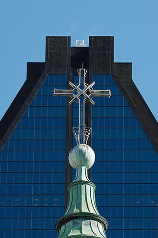 image 6-460-7542 Canada, Montreal, Cross of Basilica of Notre Dame
