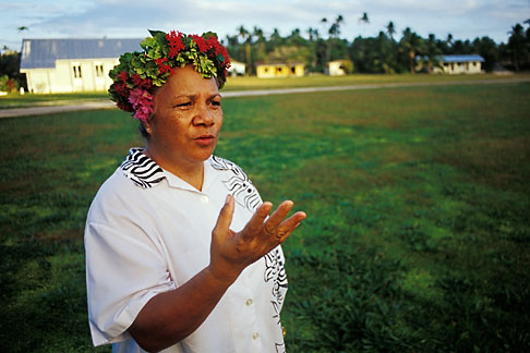 image 9-501-62 Niue, Niuean woman, Hakupu