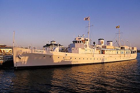 image 4-730-3 California, Oakland, Jack London Square, USS Potomac