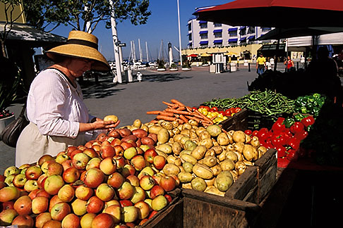 image 4-730-75 California, Oakland, Jack London Square, Farmers Market