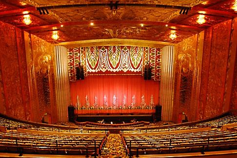 image 4-740-9 California, Oakland, Paramount Theater