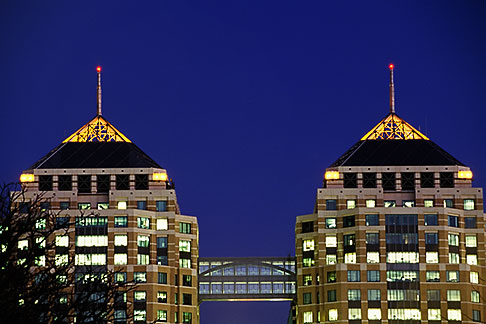 image 5-106-32 California, Oakland, Federal Building at dusk