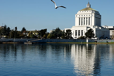 image S5-60-3398 California, Oakland, Alameda County Courthouse