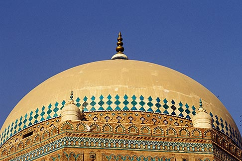 image 4-477-7 Pakistan, Multan, Dome of Mausoleum of Shah Rukn e Alam, 1320