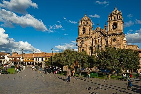 image 8-761-1019 Peru, Cuzco, Cuzco Cathedral and Plaza de Armas