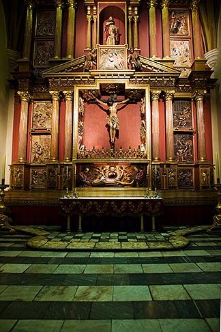 image 8-761-495 Peru, Lima, Lima Cathedral, side altar