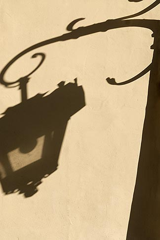 image 7-710-203 Poland, Lublin, Shadow of street lamp, Old Town