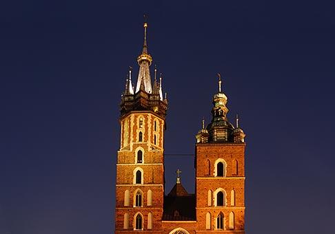 image 7-730-8715 Poland, Krakow, St Marys Church, Rynek Glowny, Grand Square, at night