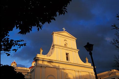 image 1-351-10 Puerto Rico, San Juan, San Juan Cathedral