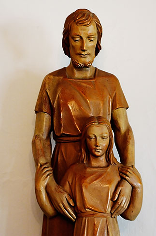 image S4-350-1419 Statues, Father and Child Statue