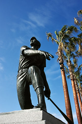 image 0-501-69 California, San Francisco, SBC Park, statue of Willie Mays