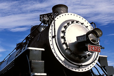 image 2-710-5 California, San Francisco Bay, Golden Gate Railroad Museum, SP locomotive 2472