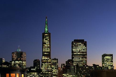 image 3-1014-32 California, San Francisco, Transamerica building at night