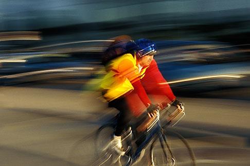 image 4-991-1 California, San Francisco, Bicyclist