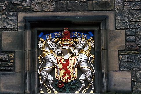 image 1-510-94 Scotland, Edinburgh, Edinburgh Castle, coat of arms
