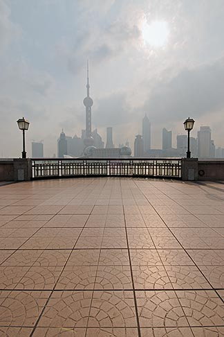 image 7-620-3991 China, Shanghai, Bund Promenade and Pudong skyline