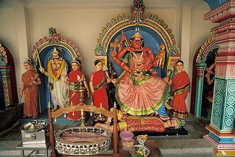 image 7-578-17 Singapore, Sri Mariammam temple