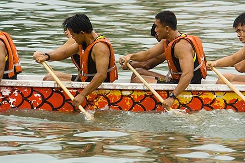 image 7-680-4473 Singapore, Dragon boat race