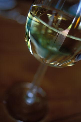 image 1-410-98 Wine, Glass of white wine