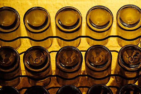 image 1-422-33 South Africa, Stellenbosch, Wine bottles