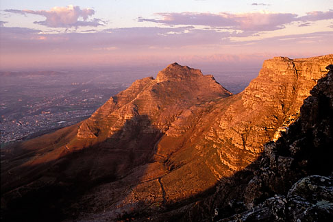 image 1-425-28 South Africa, Cape Town, Devils Peak at dusk