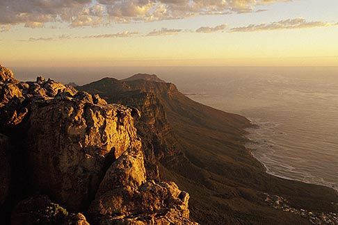 image 1-425-37 South Africa, Cape Town, Table Mountain summit at dusk