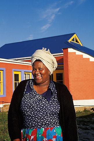image 5-487-22 South Africa, Cape Peninsula, Xhosa woman, Masiphumelele