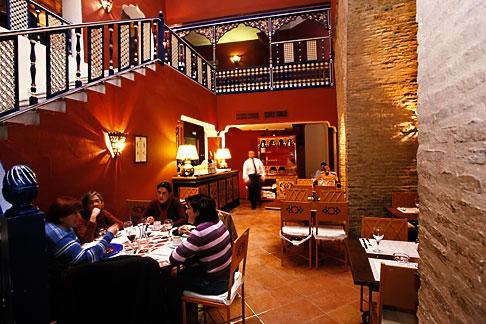 image 1-250-88 Spain, Seville, Pizzeria San Marcos, Santa Cruz