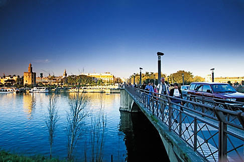 image 1-252-65 Spain, Seville, Guadalquivir River