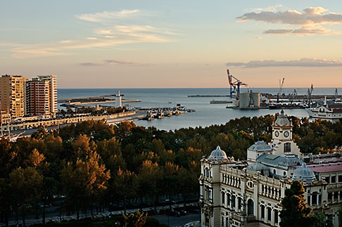 image S4-530-9038 Spain, Malaga, View of the port