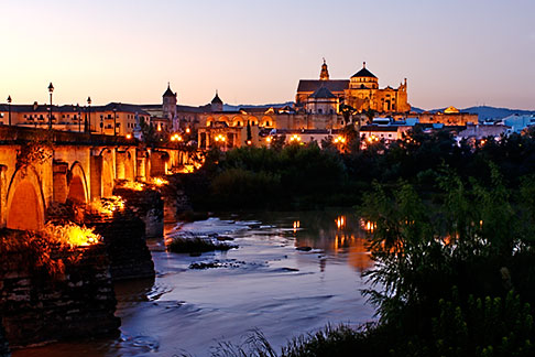 image S4-542-0450 Spain, Cordoba, La Mezquita from across the Guadalquiver