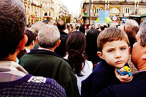 image S4-545-671 Spain, Madrid, Young boy in crowd