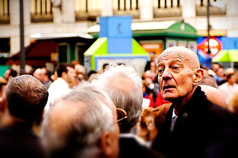 image S4-545-693 Spain, Madrid, Man in crowd