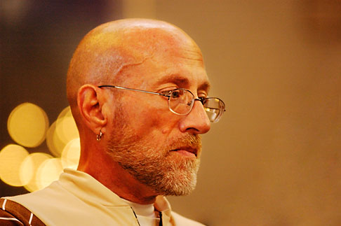 image 4-935-1303 California, San Francisco, St Gregory Nyssen Episcopal Church, Singing