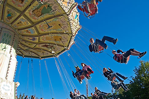 image 5-700-1915 Sweden, Goteborg, Liseberg Amusement Park